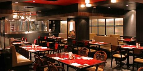 大人気!こだわりのステーキ・ハンバーグの専門レストラン【ハングリータイガー】のホールスタッフ募集